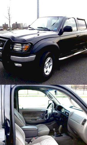 2004 Toyota Tacoma for Sale in Hartford, CT