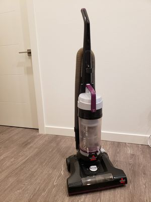 Bissell PowerForce Helix Bagless Vacuum for Sale in Portland, OR