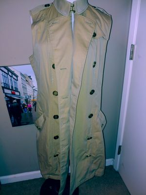 Burberry Trench Coat for Sale in Buena Park, CA