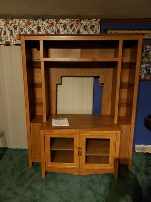 Beautiful TV Stand for Sale in Delphi, IN
