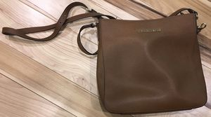 Michael Kors Messenger Bag-Used for Sale in Ruffs Dale, PA