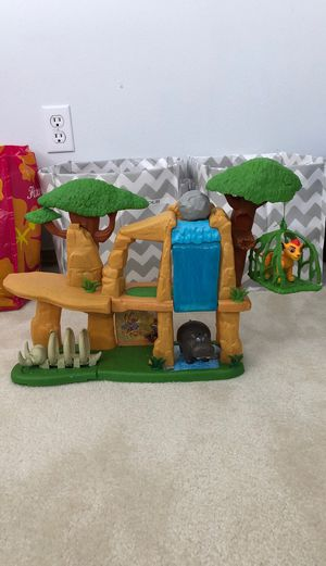 Lion king set for Sale in Federal Way, WA