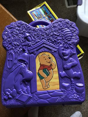 Winnie the Pooh game puzzle box for Sale in Canby, OR