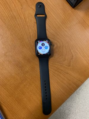 Series 4 apple watch gps+cellaur(aluminum) 44mm for Sale in Washington, DC