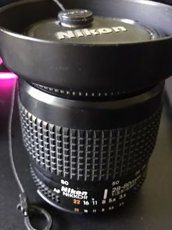 Nikon AF 28-80mm f/3.5-5.6 D Lens With HB-10 Hood & Front Cap for Sale in Normandy Park,  WA