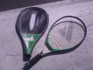 T1 force pro by kennex tennis racket for Sale in Laguna Niguel, CA