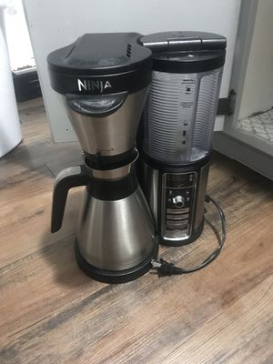 Ninja coffee maker for Sale in Kapolei, HI