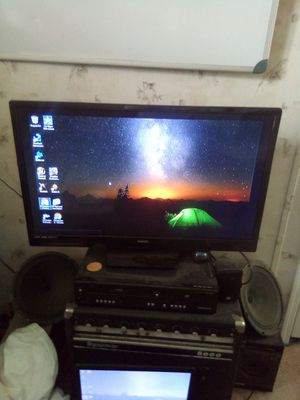 32 inch sanyo for Sale in Taylor, AZ