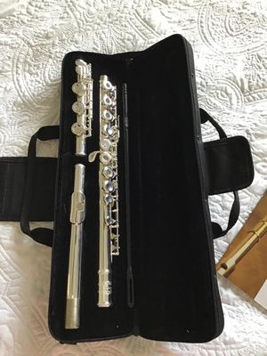 Used, Glory Silver Plated Intermediate 17keys, Open/closed Hole C Flute with B Foot Joint,Offset G, with Case,cleaning Rod, Cloth, Joint Grease, and Gloves for Sale for sale  Newark, NJ