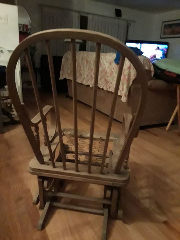 Antique rocking chair very good condition maybe you fix different way