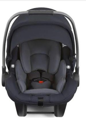 Baby car seat Nuna Pipa Lite LX for Sale in Los Angeles, CA