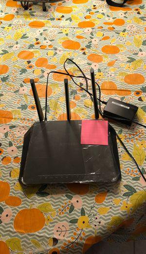 Netgear Nighthawk wireless router model R7000 for Sale in Millstone, NJ