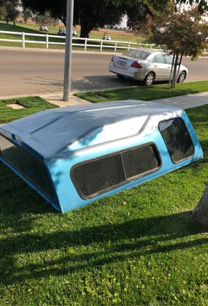 Camper shell FREE for Sale in Fresno, CA
