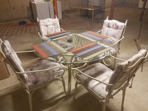 Glass table an chairs set for Sale in Louisiana, MO