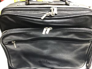 Suitcase (wheels) for Sale in Chicago, IL