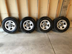 Jeep Wrangler (97-06) Tires and Wheels for Sale in Plainfield, IL