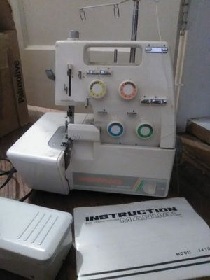 Overlock sewing machine for Sale in Los Angeles, CA