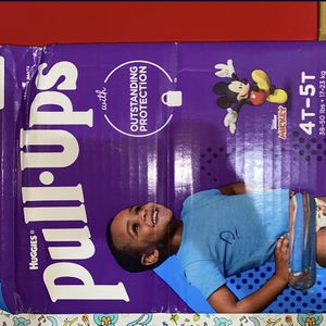 PULL UPS HUGGIES SIZE 4-5T for Sale in Compton, CA
