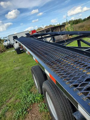 LIKE NEW 2018 KAUFMAN TRAILER for Sale in Plant City, FL