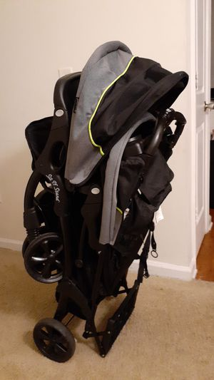 Sit n stand double stroller for Sale in Decatur, GA