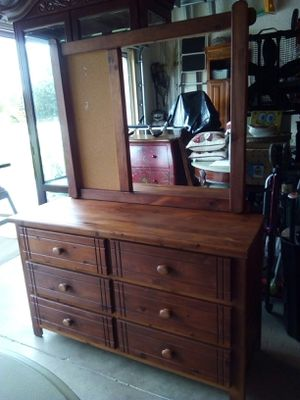 Solid wood 6 Drawer dresser with mirror for Sale in Cape Coral, FL
