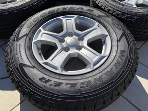 2020 Jeep Wrangler wheels Goodyear Kevlar 245/75/17 Gladiator JK KL for Sale in Rancho Cordova, CA