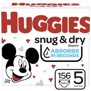 Huggies Snug Dry size 5 diapers-pañales for Sale in Downey, CA