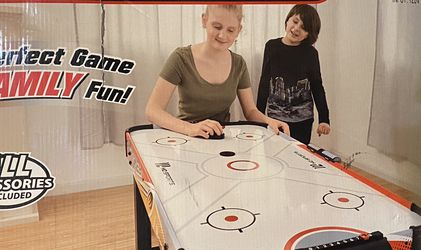 Air Hockey Table 48in W/Electronic Scorer for Sale in Los Angeles,  CA
