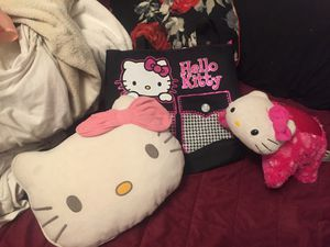 Hello kitty bundle brand new bag pillow pet for Sale in Hesperia, CA