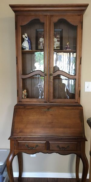Ethan Allen Country French Dropfront Secretary Desk for Sale in Glendora, CA