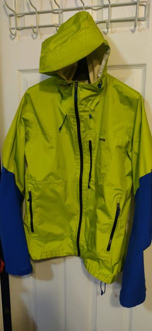 Men's Size large Patagonia waterproof jacket for Sale in Thornton, CO