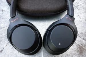 Sony h.ear On 2 Wireless Over-Ear Headphones for Sale in Longwood, FL