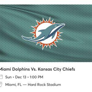 Miami Dolphins vs Kansas City Chiefs Football Game for Sale in Miami, FL