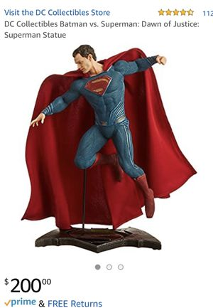 Superman collectible statue for Sale in South Gate, CA