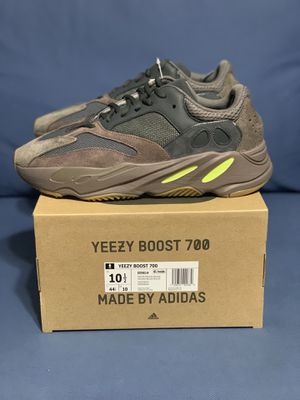 Yeezy Boost 700 Muave for Sale in Miami, FL
