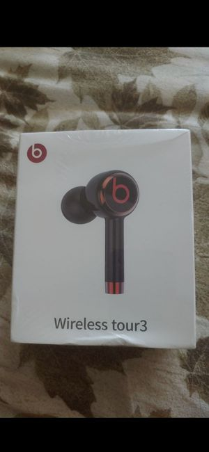 Beats by Dre Wireless tour3 headphones for Sale in Buena Park, CA