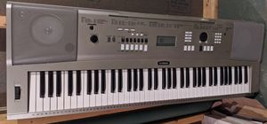 Yamaha YPG-235 76-key Portable Keyboard for Sale in Canton, MA