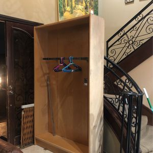 Wooden Walk In Closest/ Closet Organizer for Sale in Placentia, CA