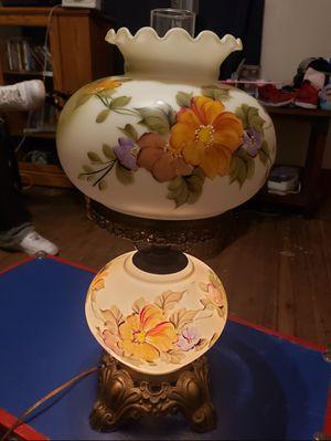Vintage hurricane lamp for Sale in Belton, SC