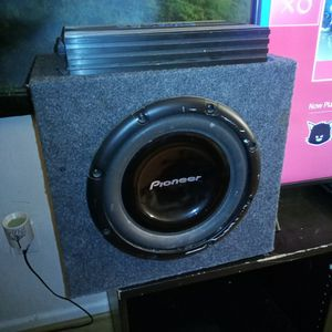 Subwoofer and Amplifier (1100 watts) for Sale in Manassas, VA