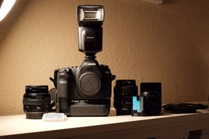 Canon EOS 5D Mark ii Camera kit for Sale in Carmichael, CA