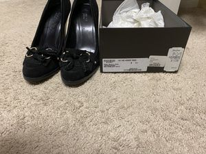 Gucci shoes size 8.5 for Sale in Las Vegas, NV