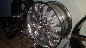 "24"" 5x115 CHROME RIMS IN STOCK CALL OR MESSEGE FOR PRICE for Sale in Portland, OR"