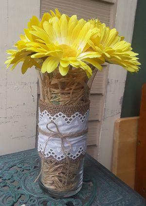 Farmhouse, handmade, Gerbera daisy flower arrangement in burlap vase. for Sale in San Antonio, TX