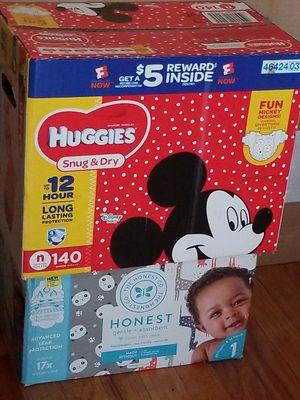 Newborn diapers for Sale in Stickney, IL