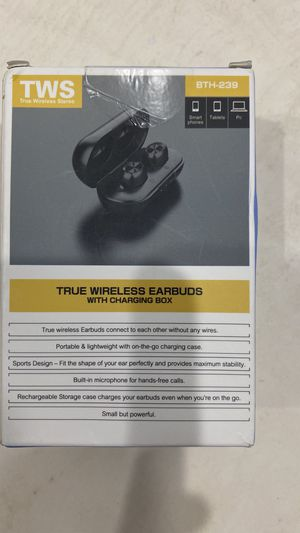 wireless Bluetooth earbuds high quality sound for Sale in Miami, FL
