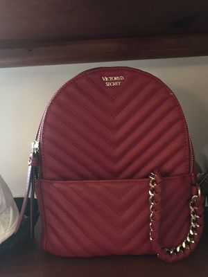Vs pink mini backpack for Sale in Mount Airy, MD