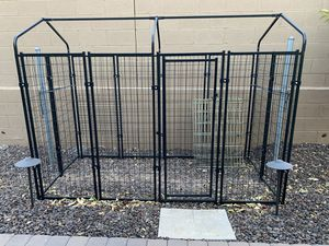 Outdoor dog cage with tarp for Sale in Peoria, AZ