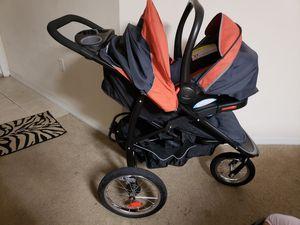 GRACO ..Orange Car seat with base & stroller for Sale in Alafaya, FL
