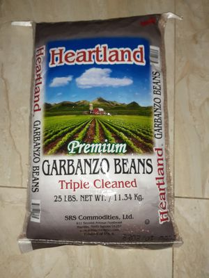 BEANS DRY GARBANZO for Sale in Kissimmee, FL